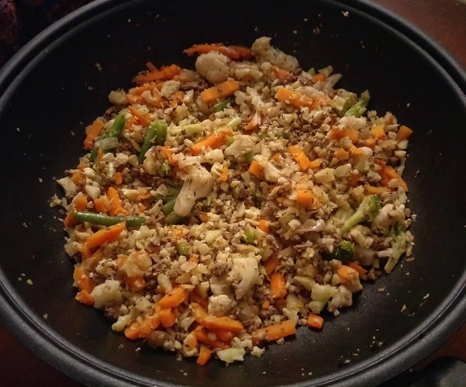 Low Carb Blumenkohl-Reis Pfanne