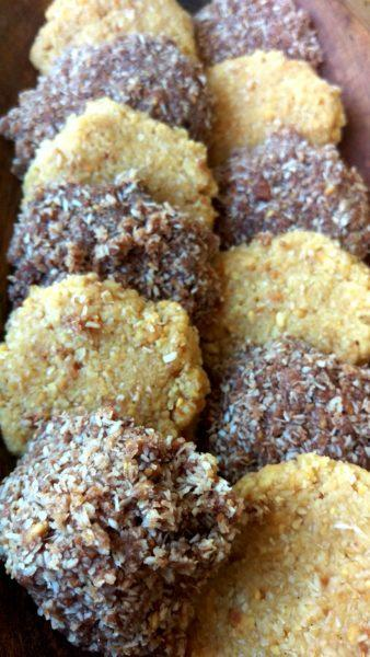 Low Carb Erdnussbutter-Kokos Kekse