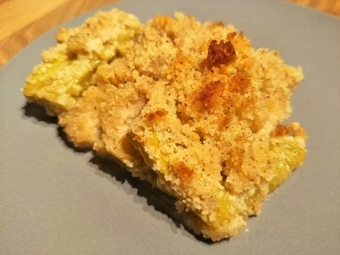 Low Carb Rhabarber Crumble
