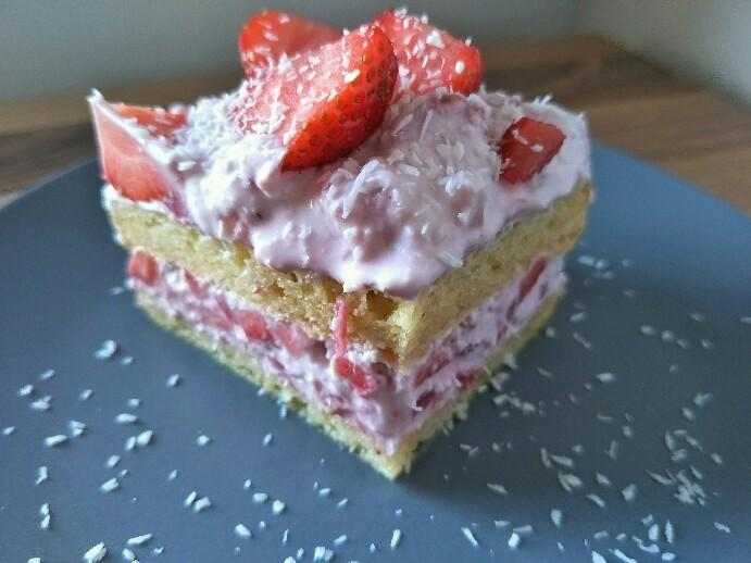Low Carb Erdbeer-Tiramisu