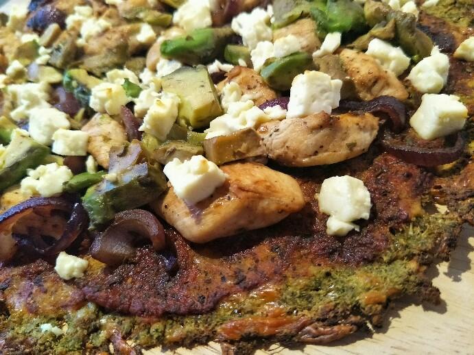 Low Carb Pizza mit Brokkoli-Boden