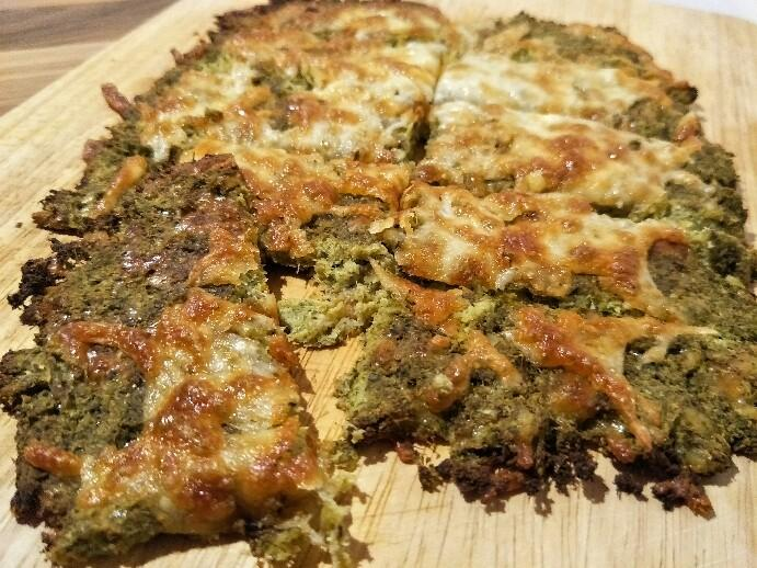 Low Carb Cheesy Brokkoli Brot-Sticks